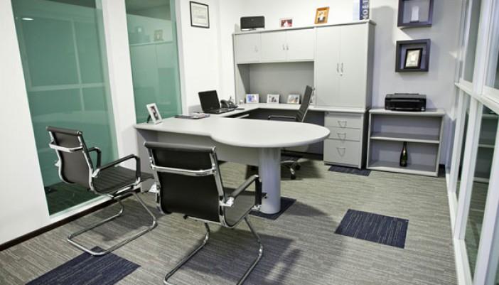 Oficinas con estilo zenttre for Oficina ejecutiva