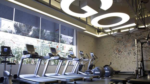 La salud es importante para Google, por eso las nuevas oficinas cuentan con un gimnasio privado.